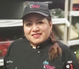 Bahama Breeze employee testimonial: Beatriz, Culinary Team Member